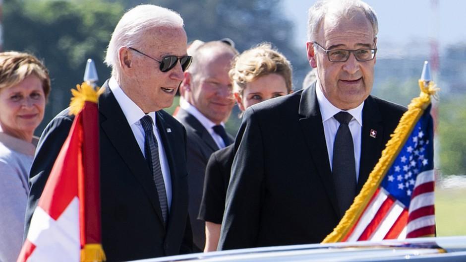 Gipfeltreffen: US-Präsident in Genf angekommen