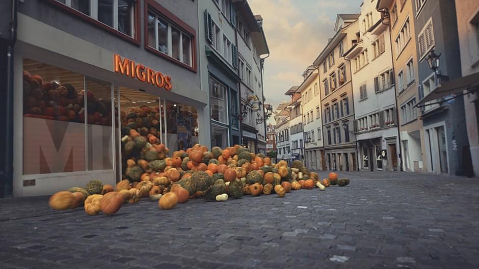 Y&R Group Switzerland: Wenn 30'000 Kürbisse aus der Migros rollen
