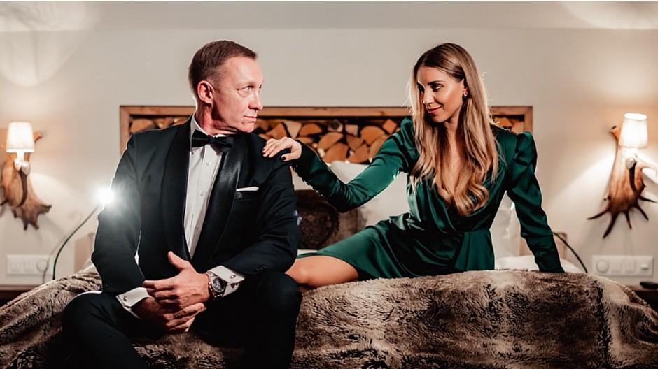 Ferris Bühler Communications: Wo sich James Bond derzeit versteckt