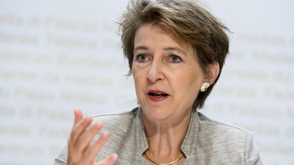 Radio- und Fernsehgesetz: Will Sommaruga auf Mediengesetz verzichten?