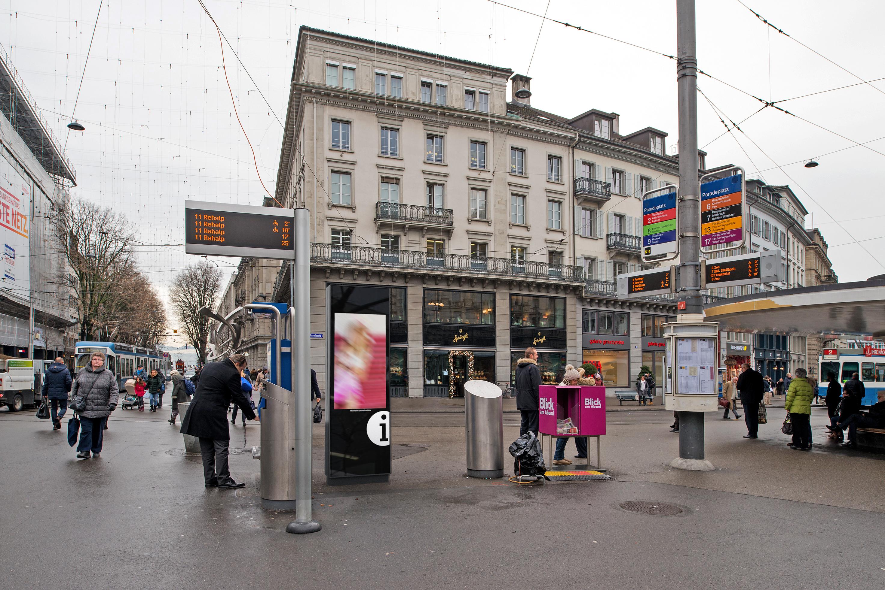 180712_paradeplatz_werbung