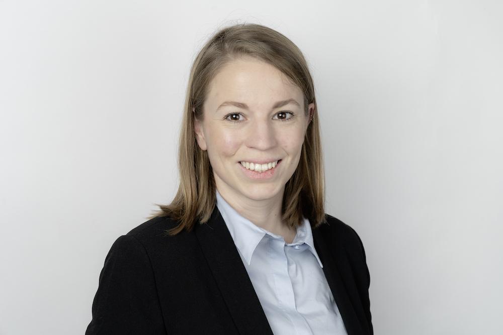 Lara Surber