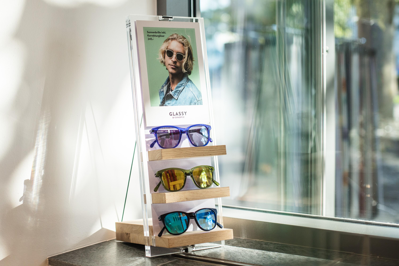 allink-Branding-Glassy-Store-Display